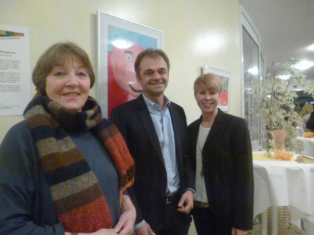 Ausstellung beim Kinderschutzbund Cornelia Heinzel-Lichtwark, Dr. Stefan Razeghi, Janaa Schlick.