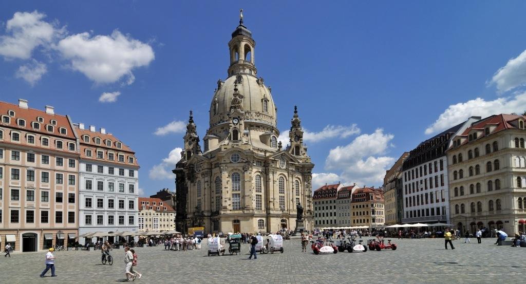 Dresdner Frauenkirche und Neumarkt