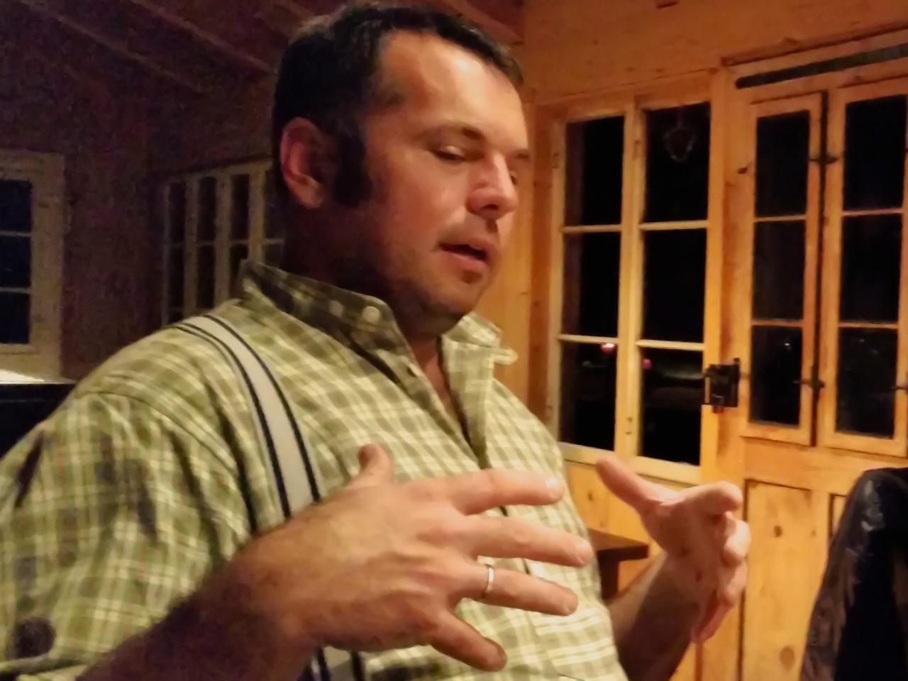 Biobauer Markus Bogner beim Spurwechselstammtisch