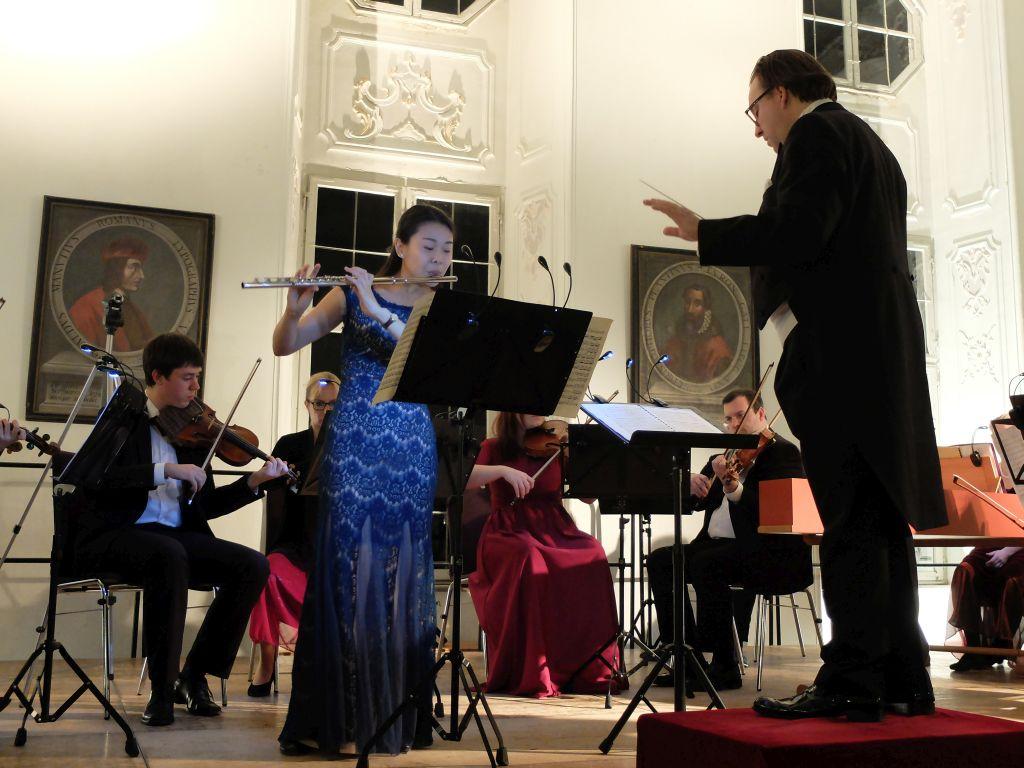 Kammerphilharmonie Dacapo München mit Solistin Yu-ting Huang und Dirigent Franz Schottky
