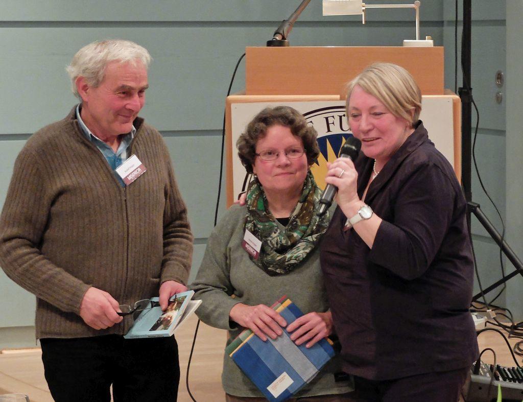 Rudolf und Renate Hogger bei der Präsentation des Mutmach-Buches von Misereor