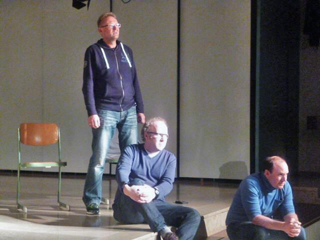 Die drei Soldaten Frank Hartmann, Matthias Kanzler und Martin Moßbach, Orff-Aufführung, Walter Kohlhauf