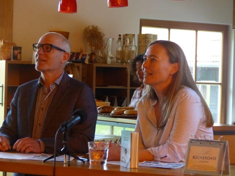 Birgit Lutz und Thomas Ulrich: Schwarzes Wasser bei der Buchvorstellung im Slyrs. Foto Hannah Miska