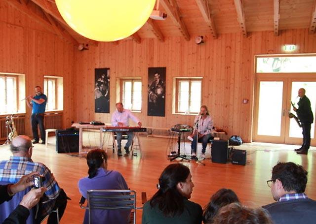 Konzert zur Vernissage in der Alten Tenn am Tannerhof - Horst Hermenau