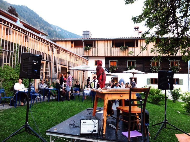 Gleich geht's los – mit dem Konzert vom Duo Härtel Trübsbach