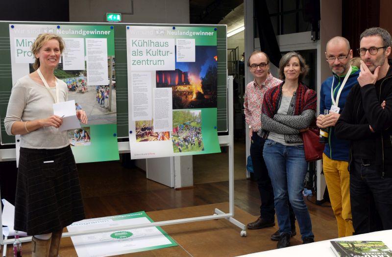 """Foto: Ideenwerkstatt mit Robert Bosch Stiftung zum Thema """"Neuland""""- beim Symposium von designstudio koop"""