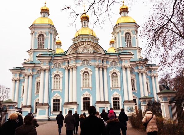 Teil des Kulturprogramms: Besuch der Marinekirche in St. Petersburg.