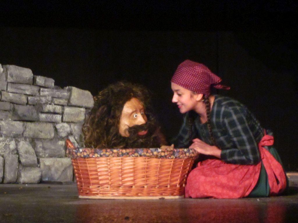 Goggolori - Volkstheater in Miesbach mit Anna-Lena Rieder