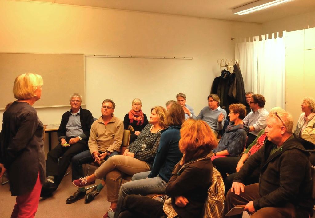 Referentin Monika Ziegler in Diskussion mit dem Publikum