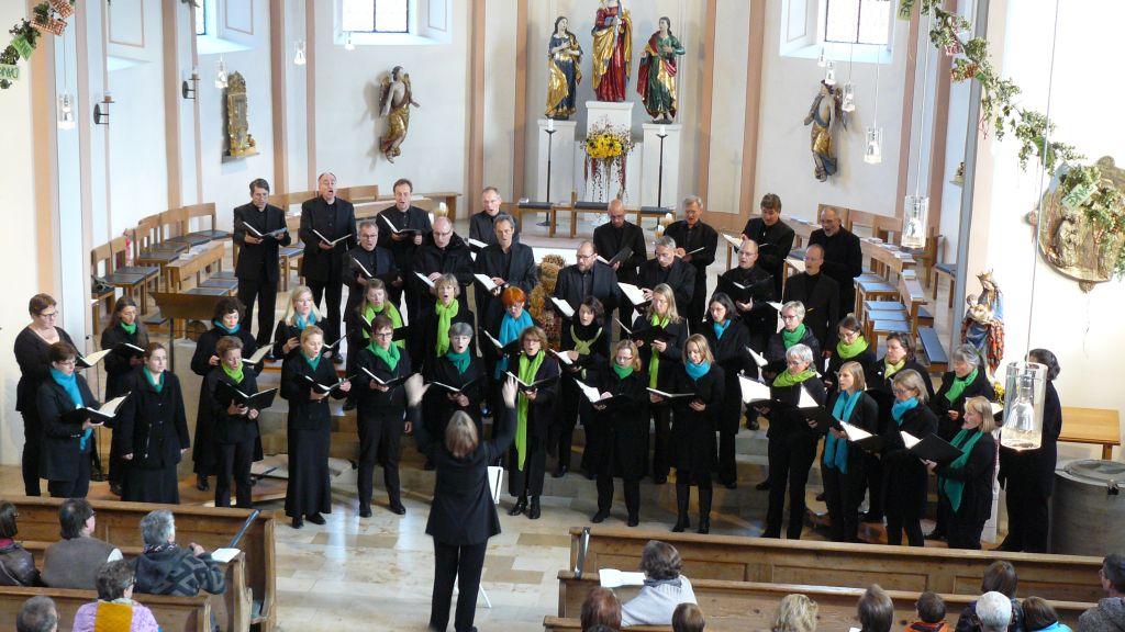 Hospizkreis Miesbach - cantica nova holzkirchen mit Chorleiterin Katrin Wende-Ehmer