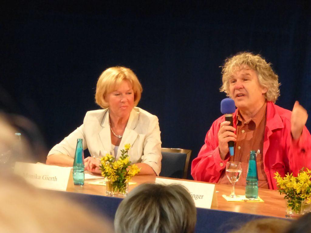 Heini Staudinger bei der Spurwechselkonferenz 2013 im Waitzinger Keller in Miesbach