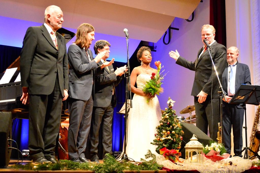 Weihnachtskonzert mit Heinz Dauhrer & Wine and Roses Jazz Society