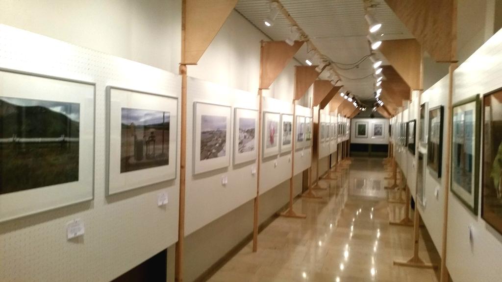 Fotofreunde Parsberg: Blick in einen Teil der Ausstellung