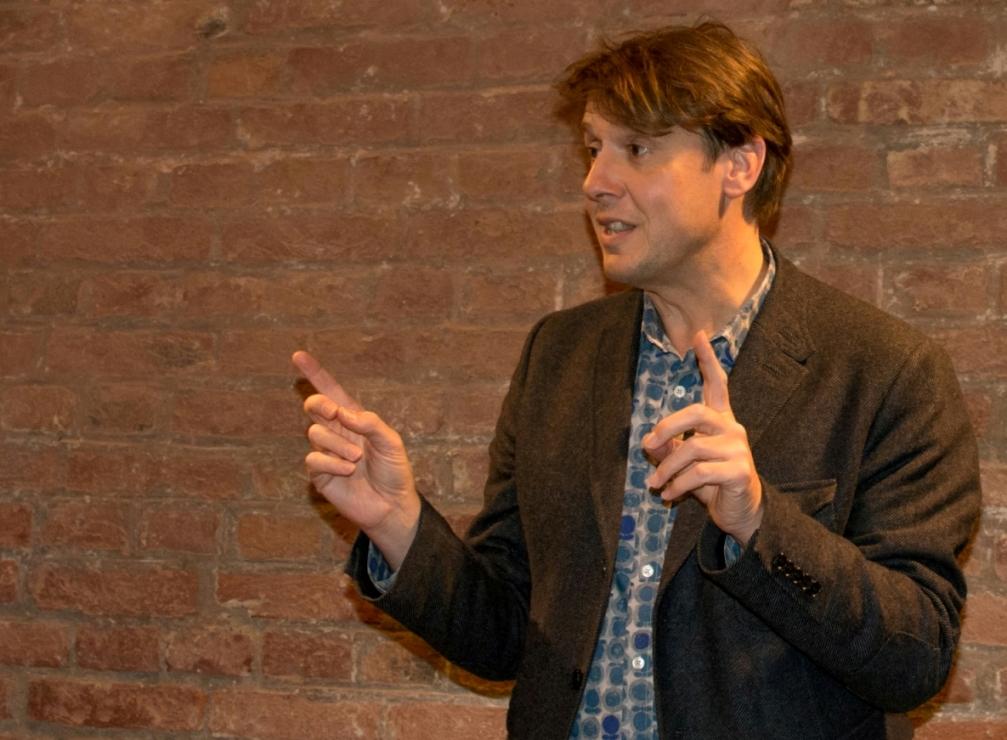 Christoph Quarch bei seiner Lesung im Waitzinger Keller.