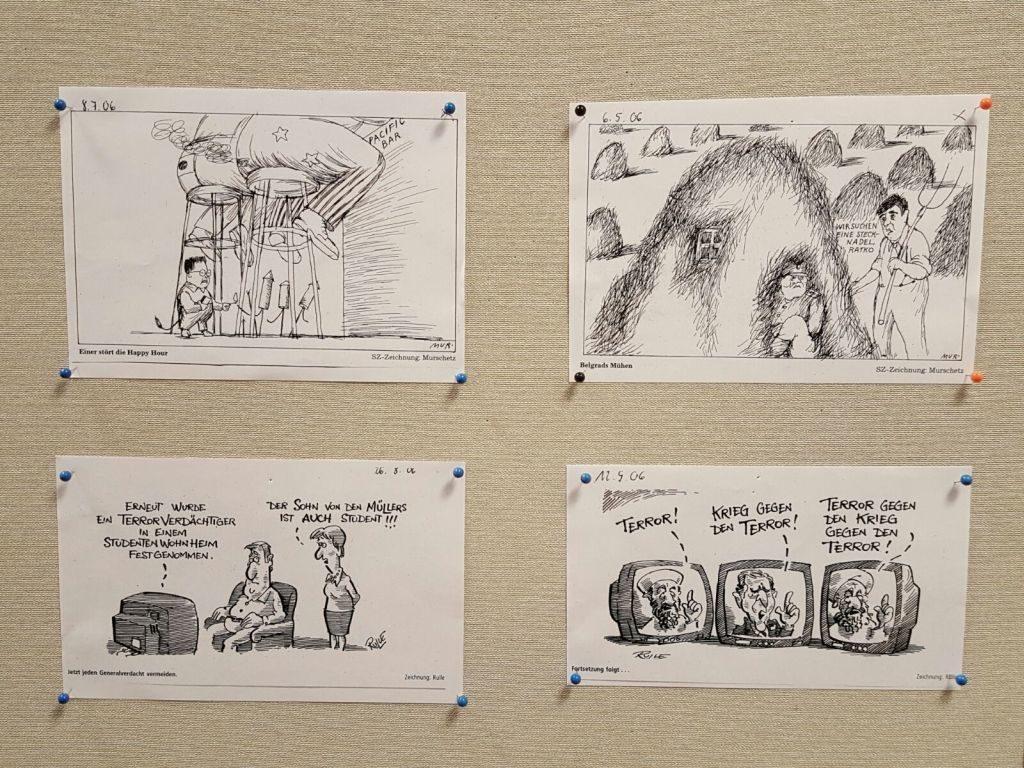 45 Jahre Amnesty International Miesbach - Karikaturenausstellung in der Stadtbücherei