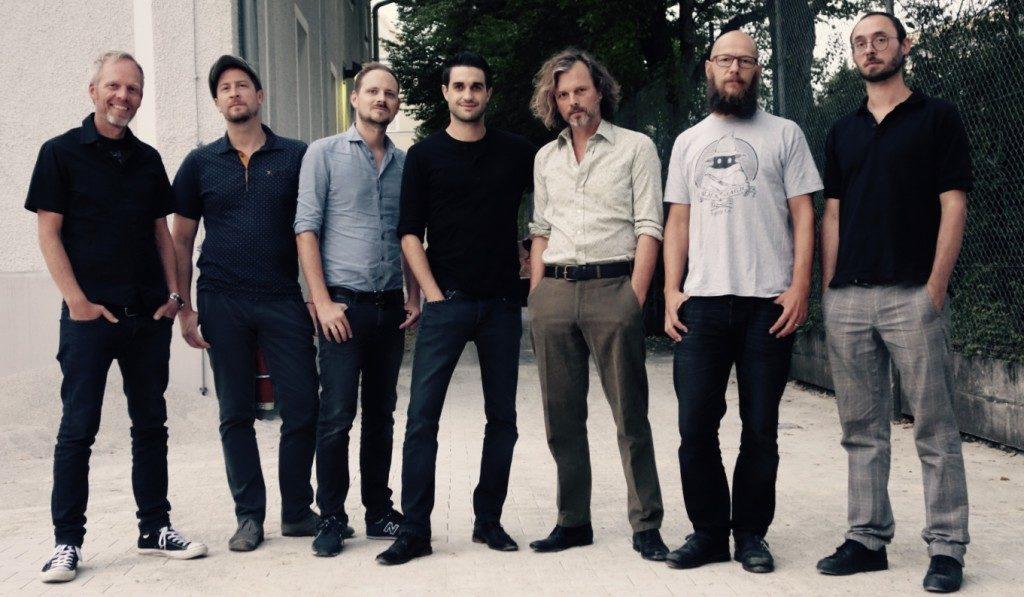 Dreiviertelblut: Florian Rein, Florian Riedl, Luke Cyrus Goetze, Dominic Glöbl, Gerd Baumann, Sebastian Horn, Benny Schäfer (v.l.).