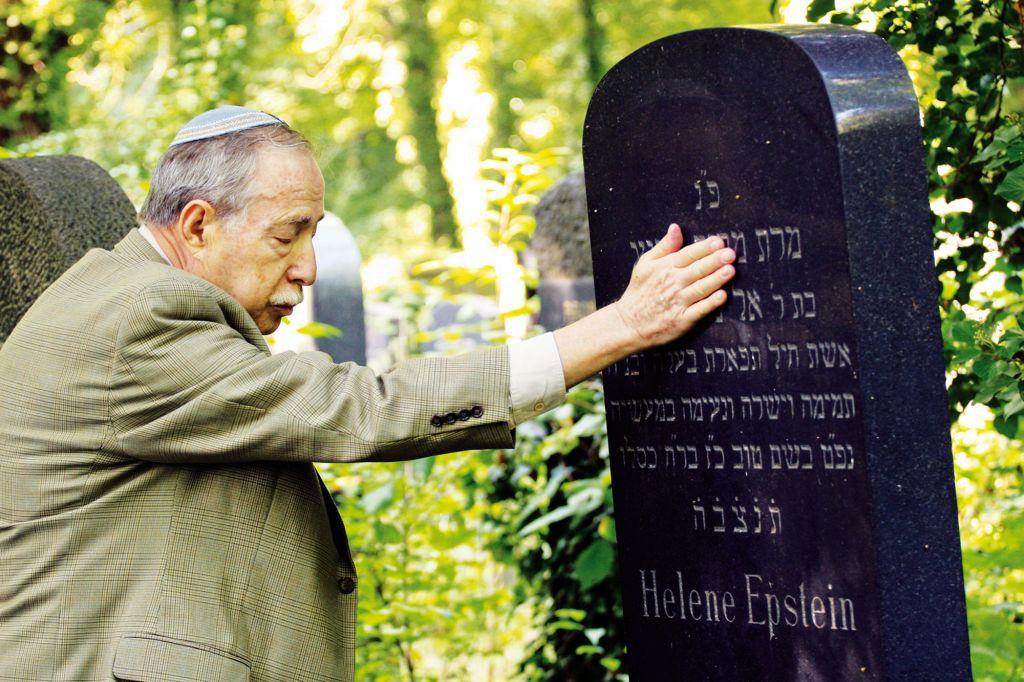 """Ausschnitt aus dem Film """"Im Himmel unter der Erde"""": Benny Epstein (New York) zum Chorwochenende in Miesbach"""
