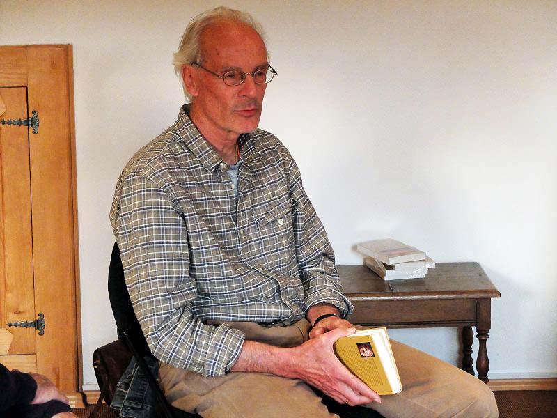 """Dr. Peter Erlenwein liest aus seinem Buch """"Und sah die Himmel offen"""""""