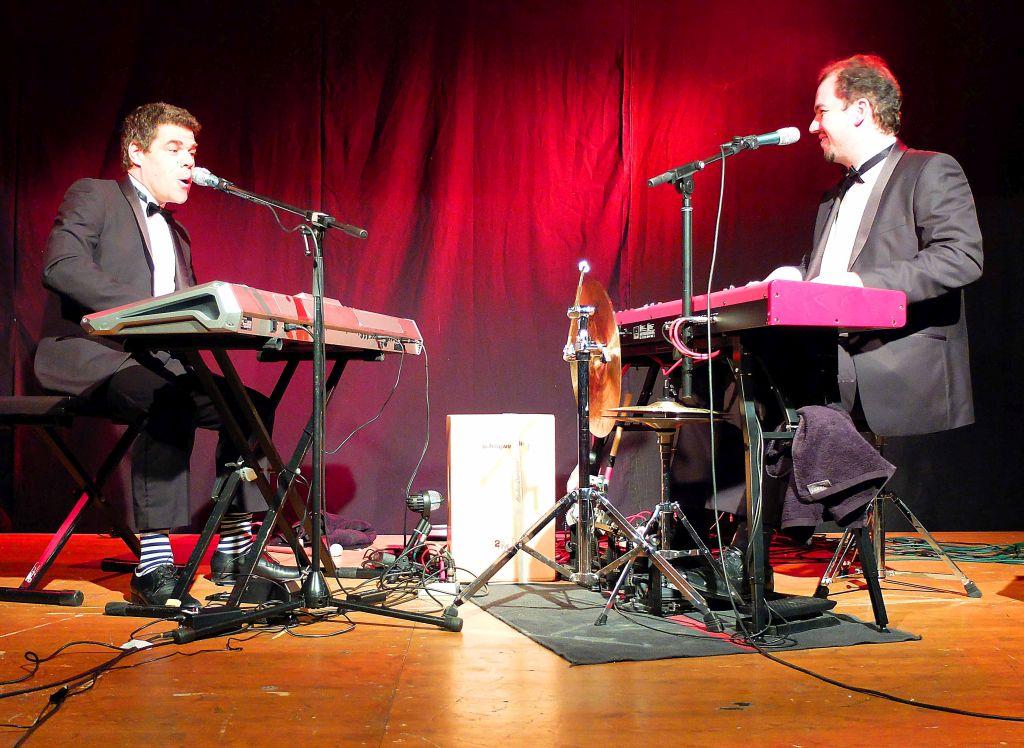 Bastian Pusch und Andreas Speckmann bei den Weyarner Kleinkunsttagen im WeyHALLA