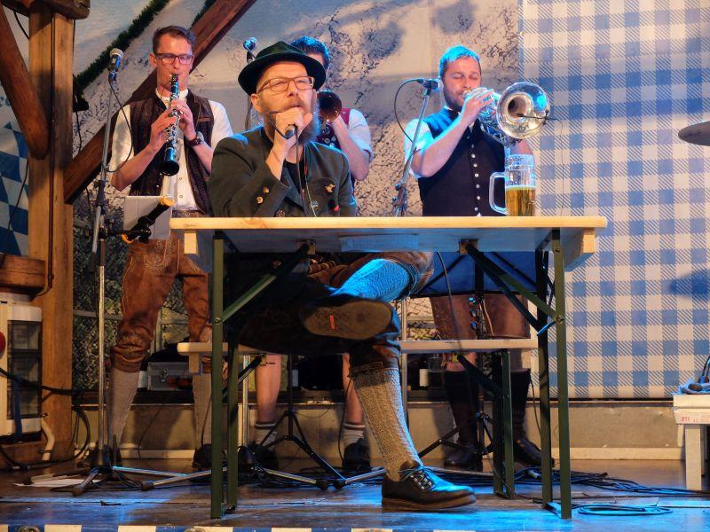 The Heimatdamisch - Sebastian Horn und seine unverwechselbare Stimme