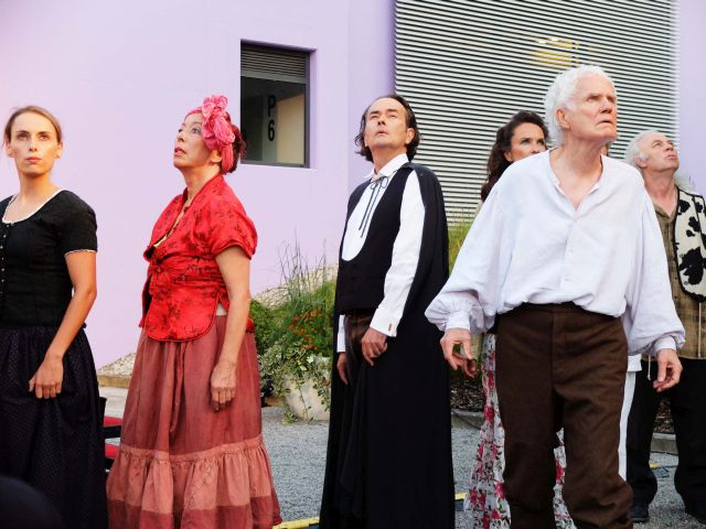 Die Stimme Gottes erschallt: Christine Winter, Eva Röder, Hans Jürgen Stockerl, Bettina Ullrich, Ferdinand Rother (v.l. hinten), Walter Stapper (vorn)