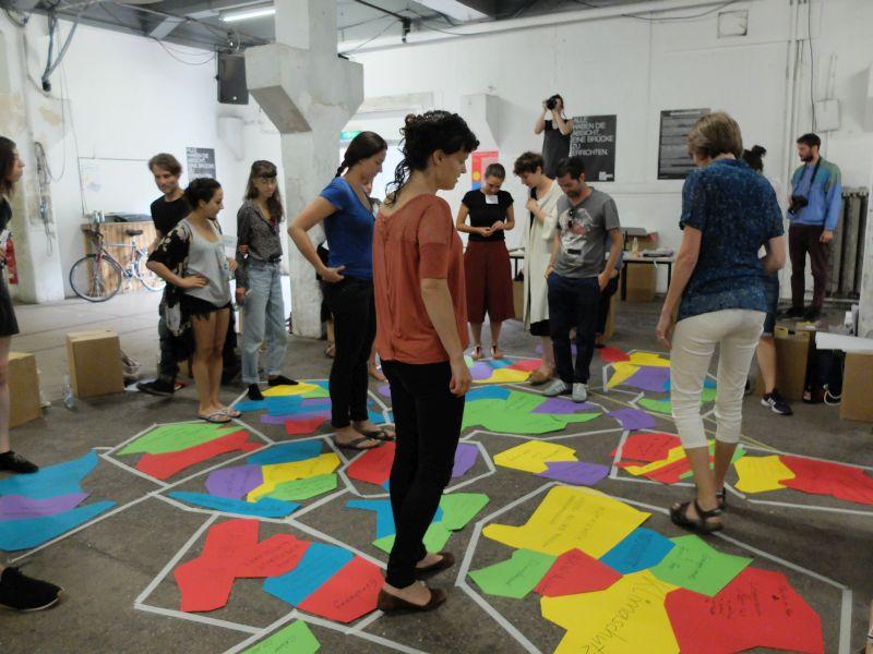 Themenfindung beim Workshop von FuturZWEI: Was gehört zu einer sozialökologischen Transformation?