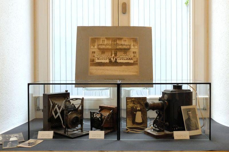 Lichtbild Festival: Laterna Magica aus dem Jahr 1900 und andere Exponate der Fotografiegeschichte.