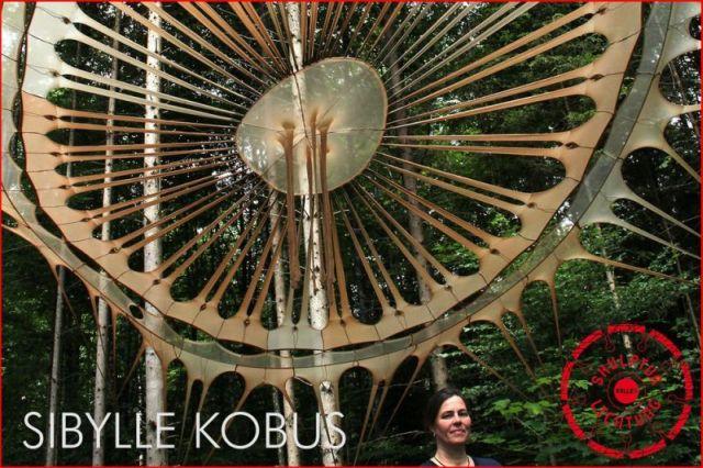 Gast beim Lichtbildfestival - Sibylle Kobus (Skulptur beim Internationalen Kunstdünger Bildhauerfestival 2015