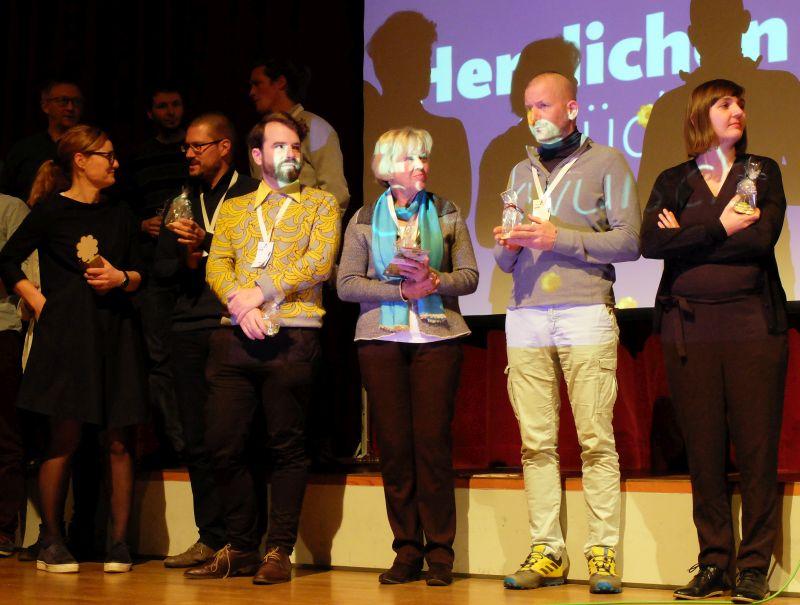 Per Applaus-o-Meter wurde der beste Petcha Kutcha Vortrag gekürt - beim Symposium Stadt.Land.Schluss. von designstudio koop