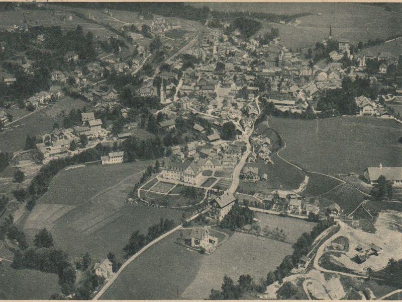 Historische Luftaufnahme von Miesbach