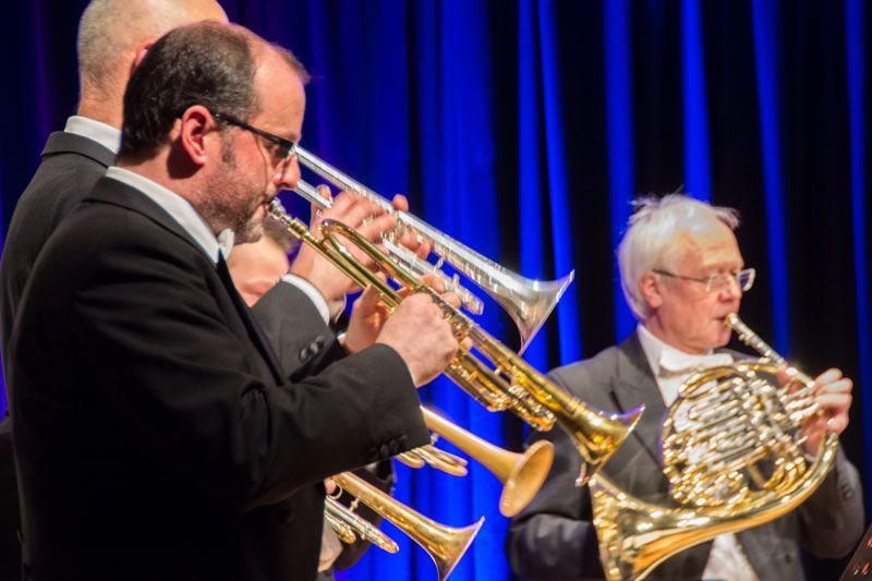 Andreas Oettl (Solotrompete) und Rainer Schmitz (Horn) spielen Opera Brass - virtuos