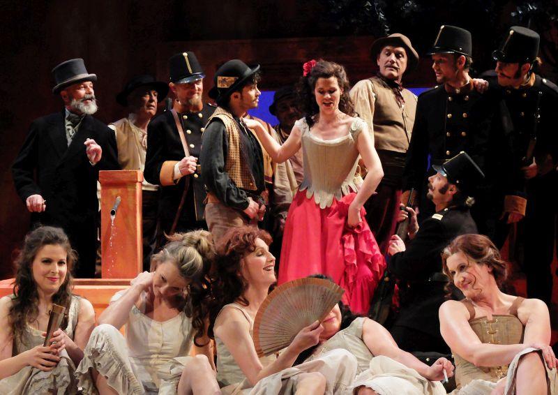 """Solisten und Chor der Freien Landestheaters Bayern FLTB """"Carmen"""" von George Bizet"""