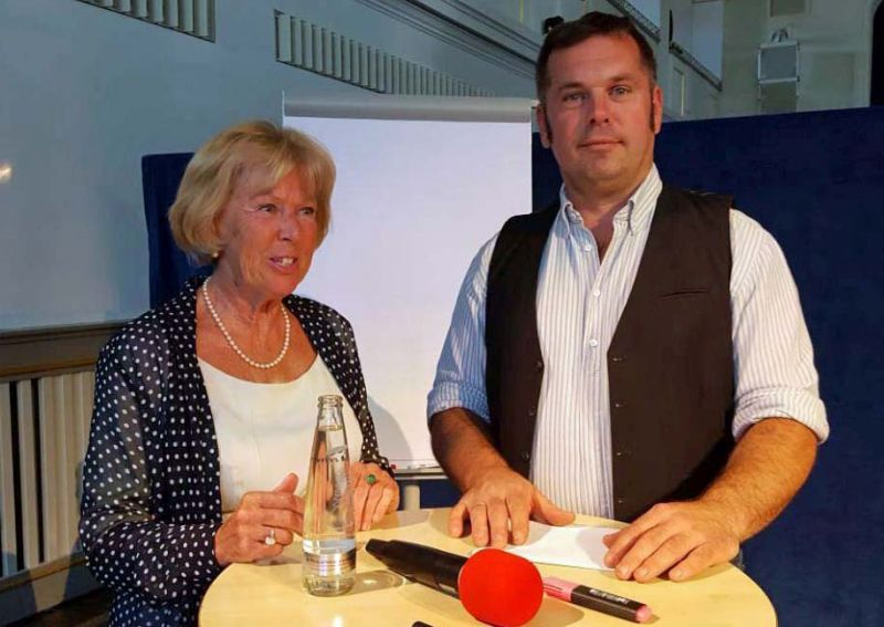 Monika Ziegler und Markus Bogner sprechen über Spurwechsel
