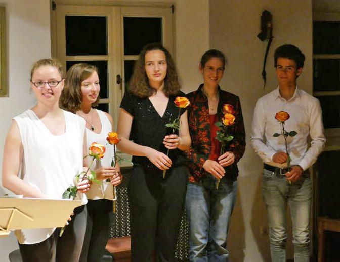 Die jungen Preisträger und Preisträgerinnen Preisträgerkonzert Jugend musiziert