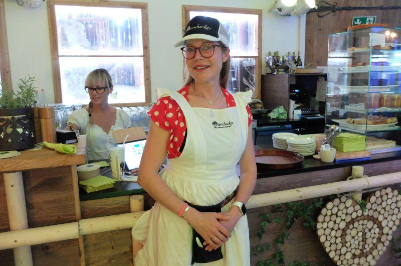 Doreen Dietel schmeißt den Laden mit großem Engagement im Dürnbecker