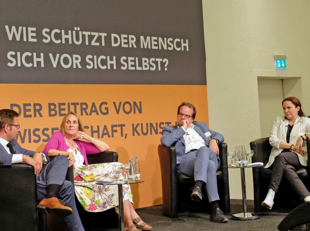 Konferenz Stiftung Kulturelle Erneuerung - die Runde der Kunstvertreter