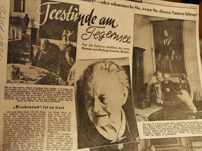 Hedwig Courths Mahler am Tegernsee - Zeitungsausschnitt mit Artikel über Hedwig Courths-Mahler von 1955