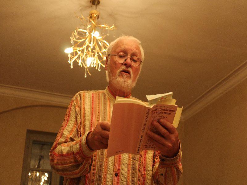 Gunnar Müller-Waldeck liest aus dem Werk von Hedwig Courts-Mahler