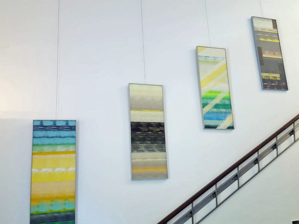Ausstellung im Waitzinger Keller - großzügig im Treppenhaus