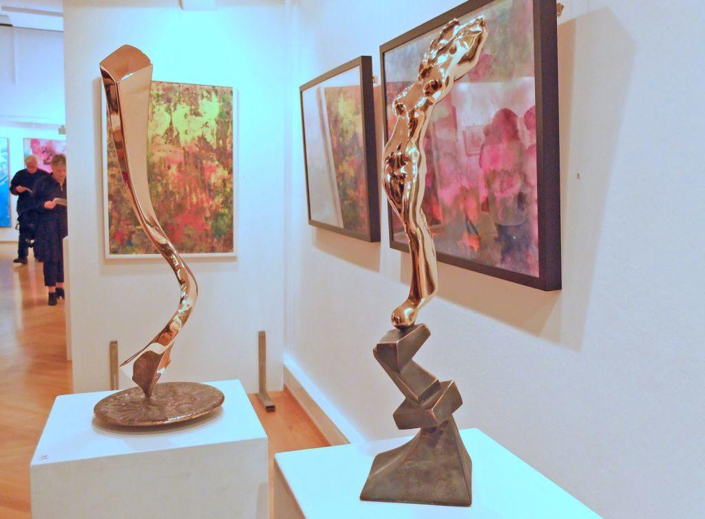 Blick in die Ausstellung: Otto Wesendonck (Skulptur) und Kurt Gmeineder (Malerei)