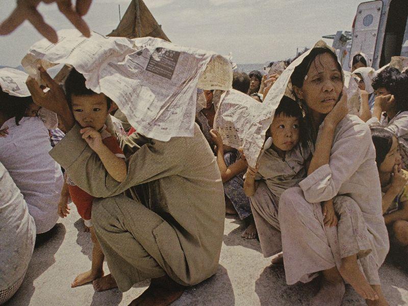 Geflüchtete Familie aus Vietnam - Ausstellung Miesbach Amnesty International