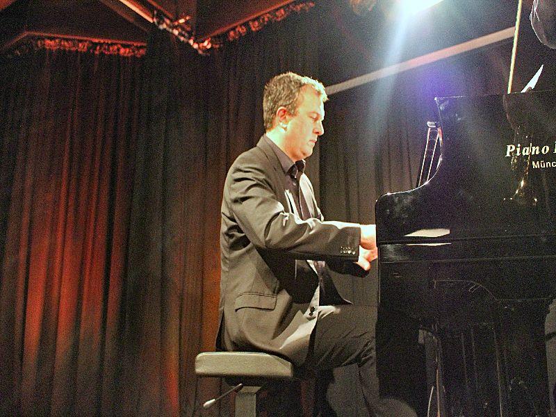 Pianovirtuose Bernd Lhotzky