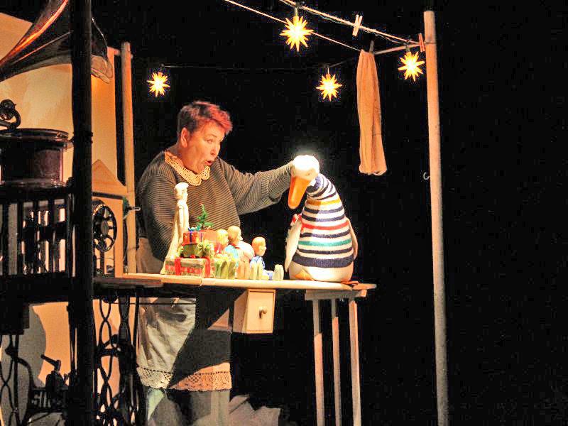 Theater Zitadelle in Holzkirchen - Regine Wagner und Auguste erzählen gemeinsam