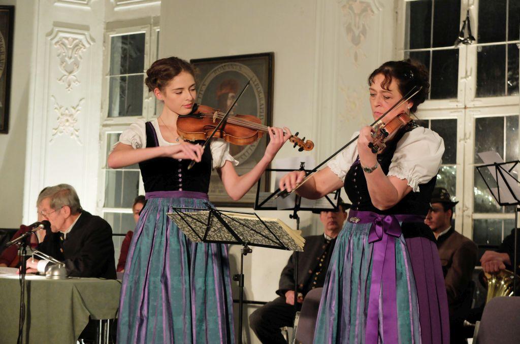 Adventskonzert am Tegernsee mit der Röpfl Geigenmusi