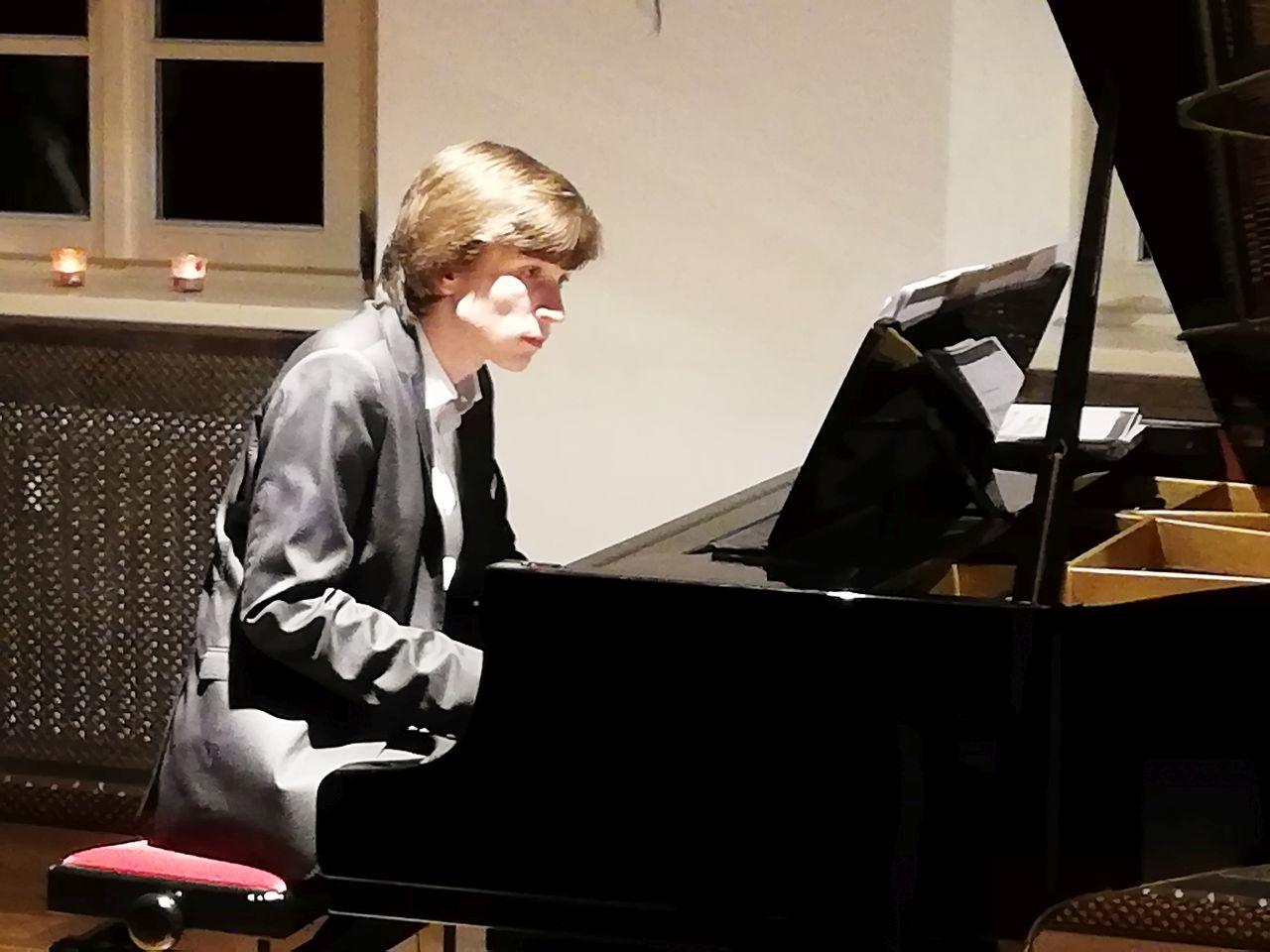 Klavier ist seine Passion