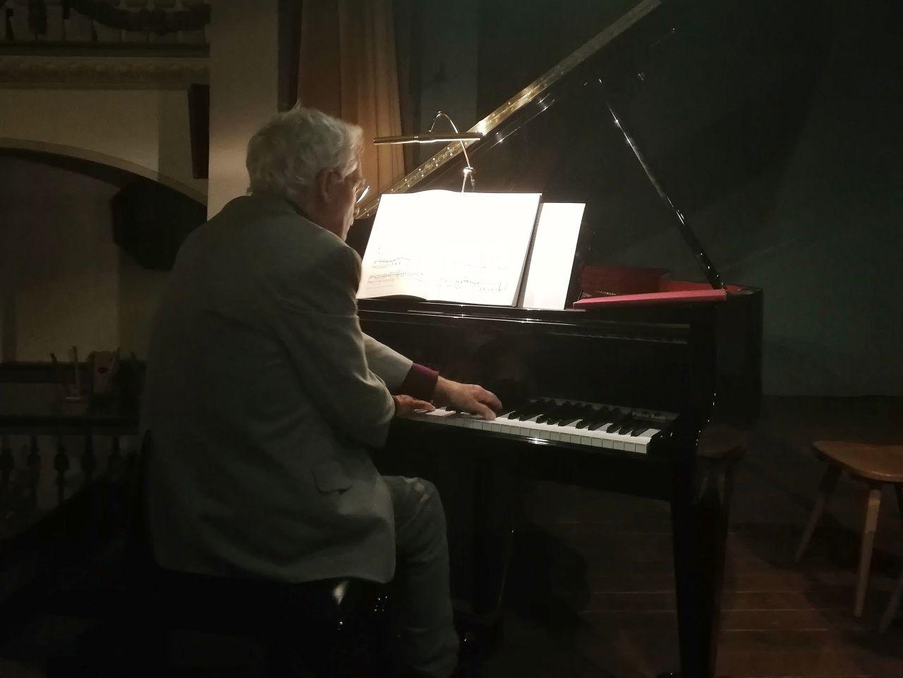 Plauderei am Klavier