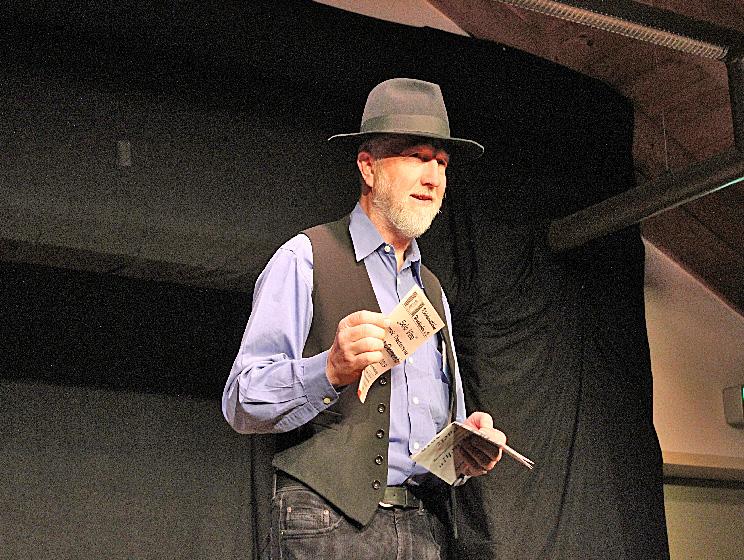 Hugo Eder von der Kloeinkunstbühne Waakirchen