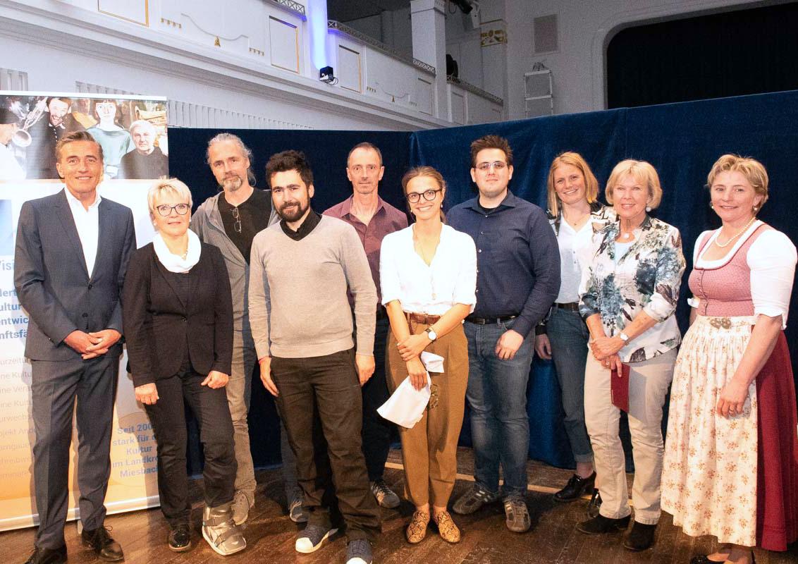 Die Gruppe der Mitwirkenden bei der Konferenz Anders wachsen