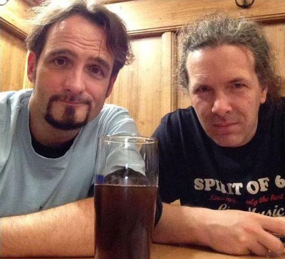 Dos Hombres