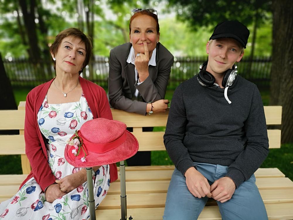 Theresia Benda-Pelzer (Kiki), Regisseurin Steffi Baier, Andi Nirschl (Otto), v.l.